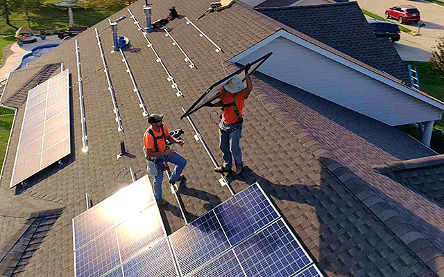 Hannon Armstrong CEO Letter - solar installation photo